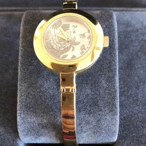 Authentic Gucci beautiful watch